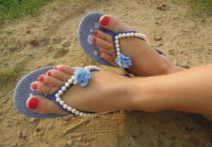 Новая обувь для пляжа