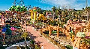 Порт Авентура - парк развлечений и мировой курорт Испании, присоединяйся! (4560-07)
